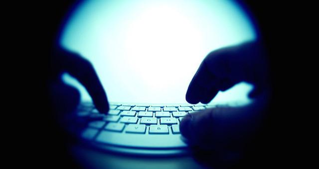 online stalking definovat biologii datování uhlíku